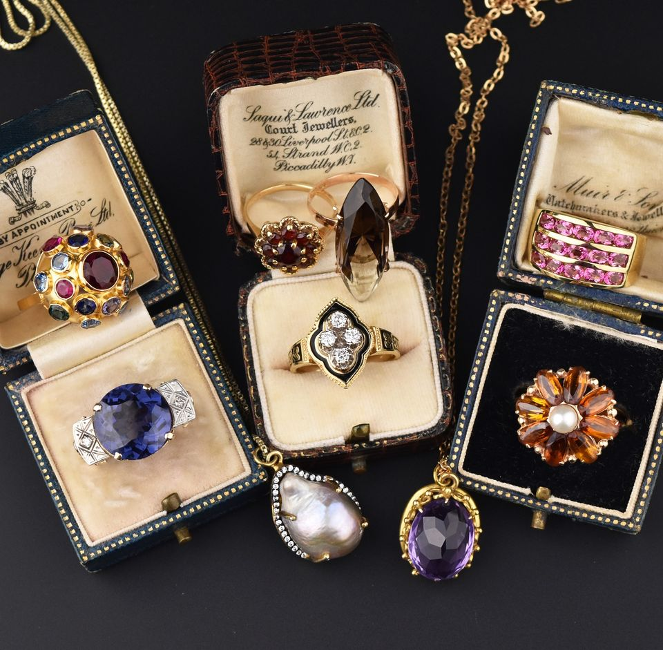 Good to know: How to care for antique jewellery