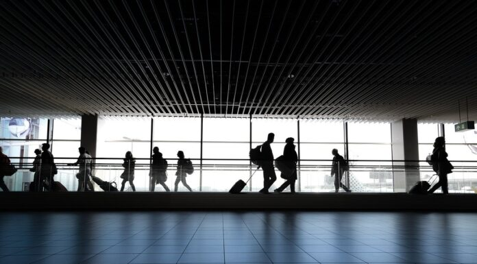 Long Layover? Here Are 5 Ways you Can Pass Time!