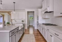 quartz kitchen countertops with white kitchen cabinets