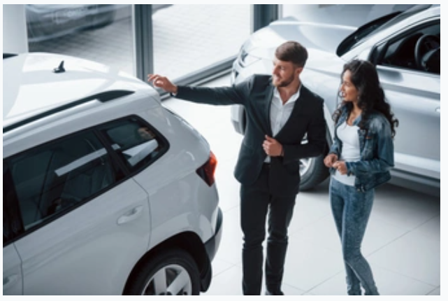 What to expect when hiring a luxury car service