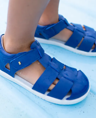 How to Shop for Kids Shoes - 4 Points You Must Consider