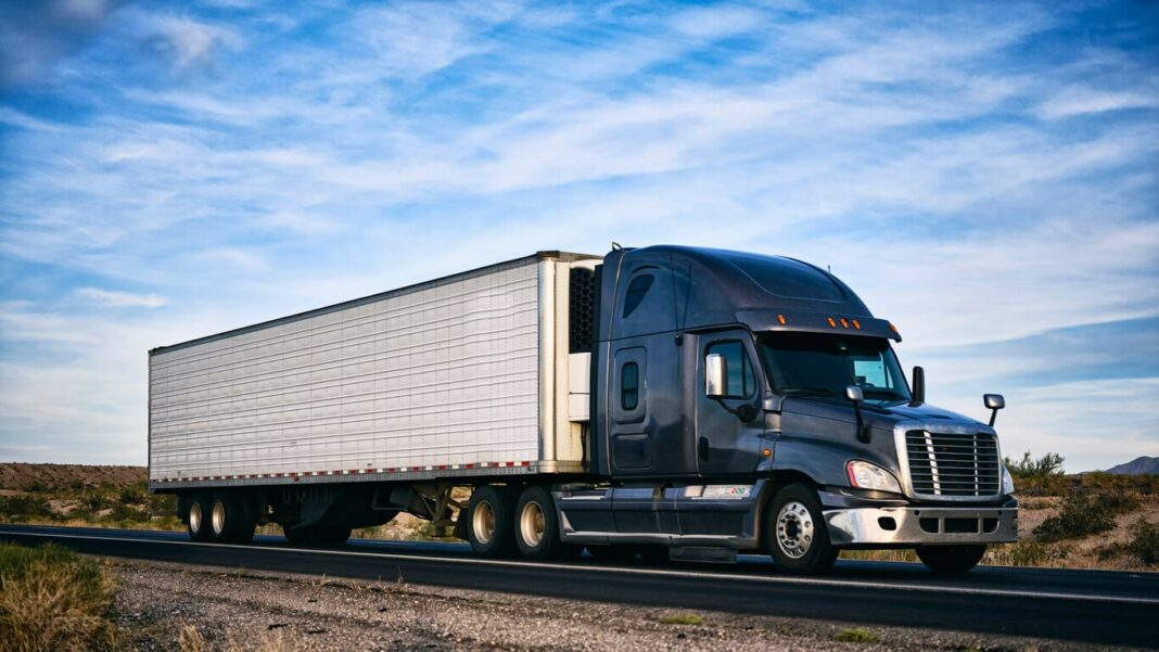 5 Factors to Consider When Buying a Semi Truck