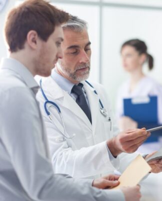 How to Find Doctors Near Me: Primary Care Doctors in Huntington Beach